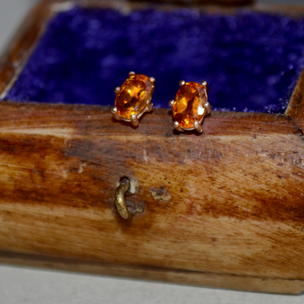 golden citrine.284